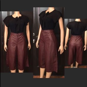 Forever 21 Cropped Burgundy wide Legs Pants